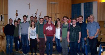 Die zukünftigen Musikmeister (1.v.r. H.Bauernfeind, 1.v.l. G.Holzinger)