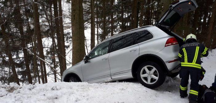 Erneute Fahrzeugbergung im Aumühlweg
