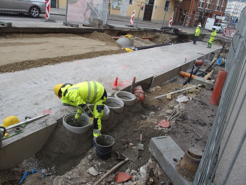 baufortschritt stadtregiotram kw 13 2018 aktuelles aus dem salzkammergut. Black Bedroom Furniture Sets. Home Design Ideas