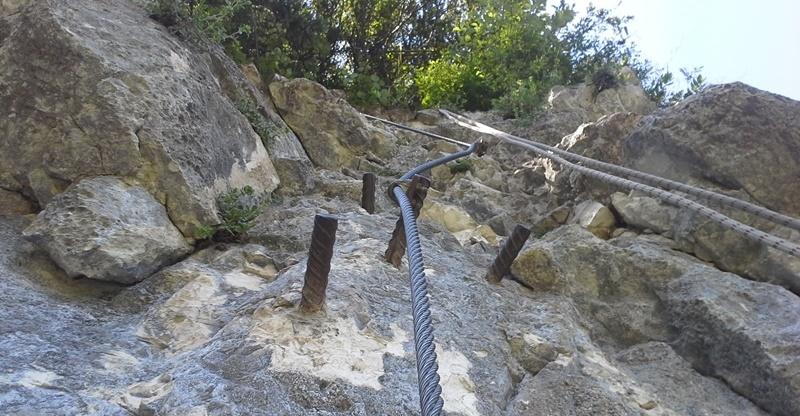 Klettersteig Hallstatt : Drei chinesische touristen aus dem echernwand klettersteig in