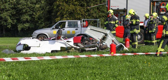 Tödlicher Absturz eines Gyrokopters am Flugplatz in Scharnstein