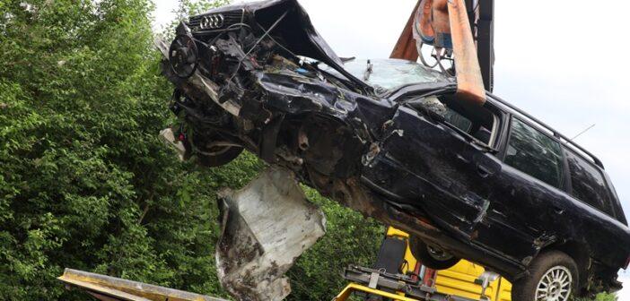 Schwerer Verkehrsunfall im Bezirk Vöcklabruck
